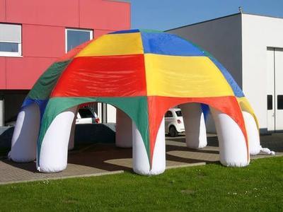 Aufblasbarer Partypavillon, achtbeinig