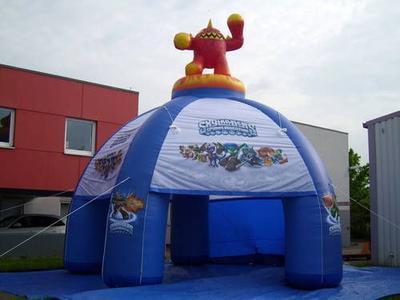 Aufblasbarer Pavillon für Skylanders, mit Erupto