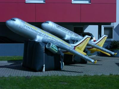 Aufgeblasenes Flugzeug