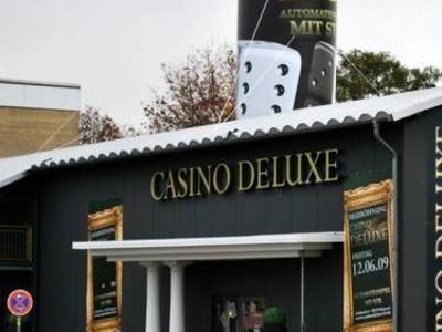 Aufblasbare Säule auf Casino