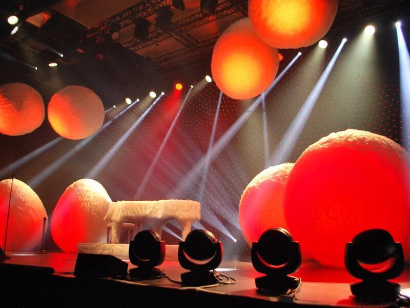 Aufblasbare Bühnenelemente